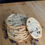 Bomb Vegan Chocolate Chip Cookies [RECIPE]