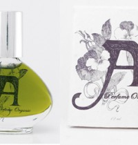 Organic, vegan perfume review and giveaway!