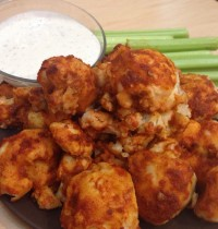 Insanely Delish Cauliflower Buffalo Wings [RECIPE]