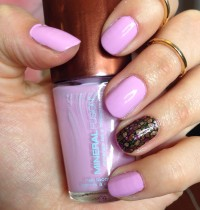 Manicure Monday: Mineral Fusion in Pebble