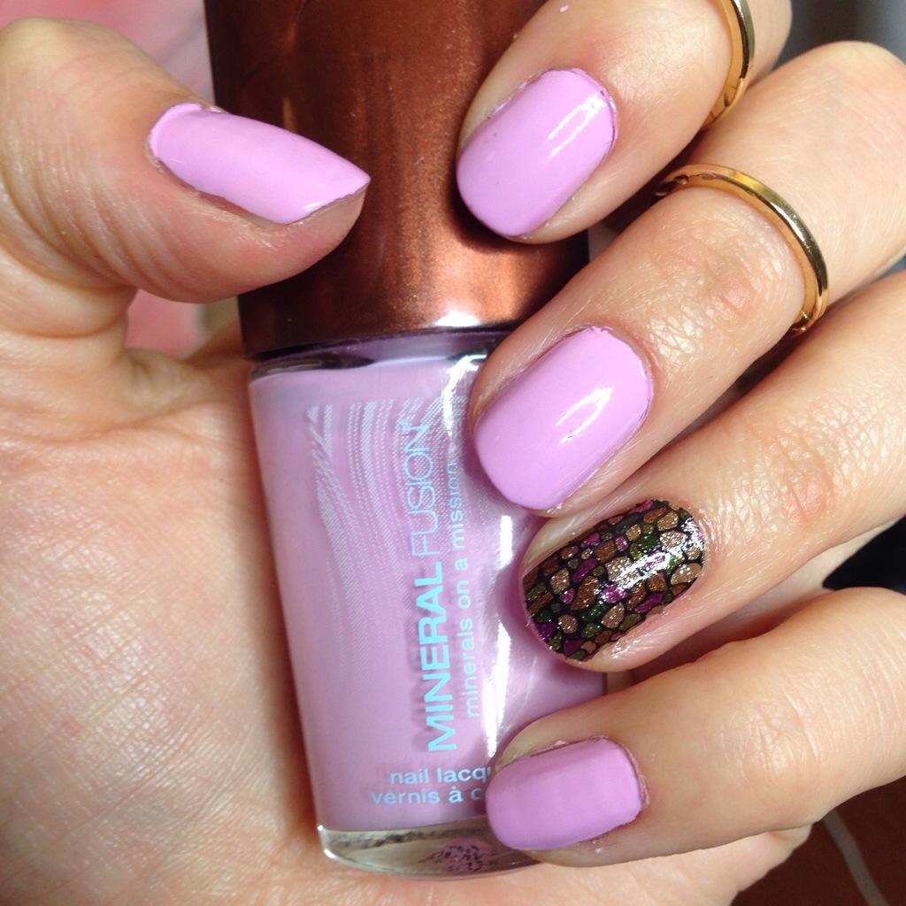 manicure monday mineral fusion