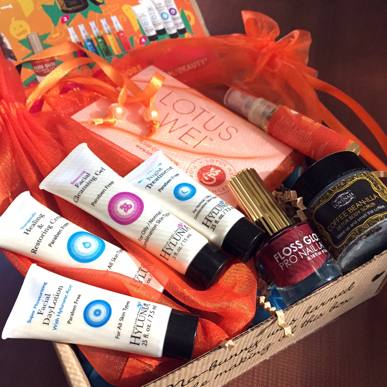 October Vegan Cuts Beauty Box