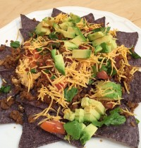 Quick & Easy Vegan Taco Nachos [RECIPE]