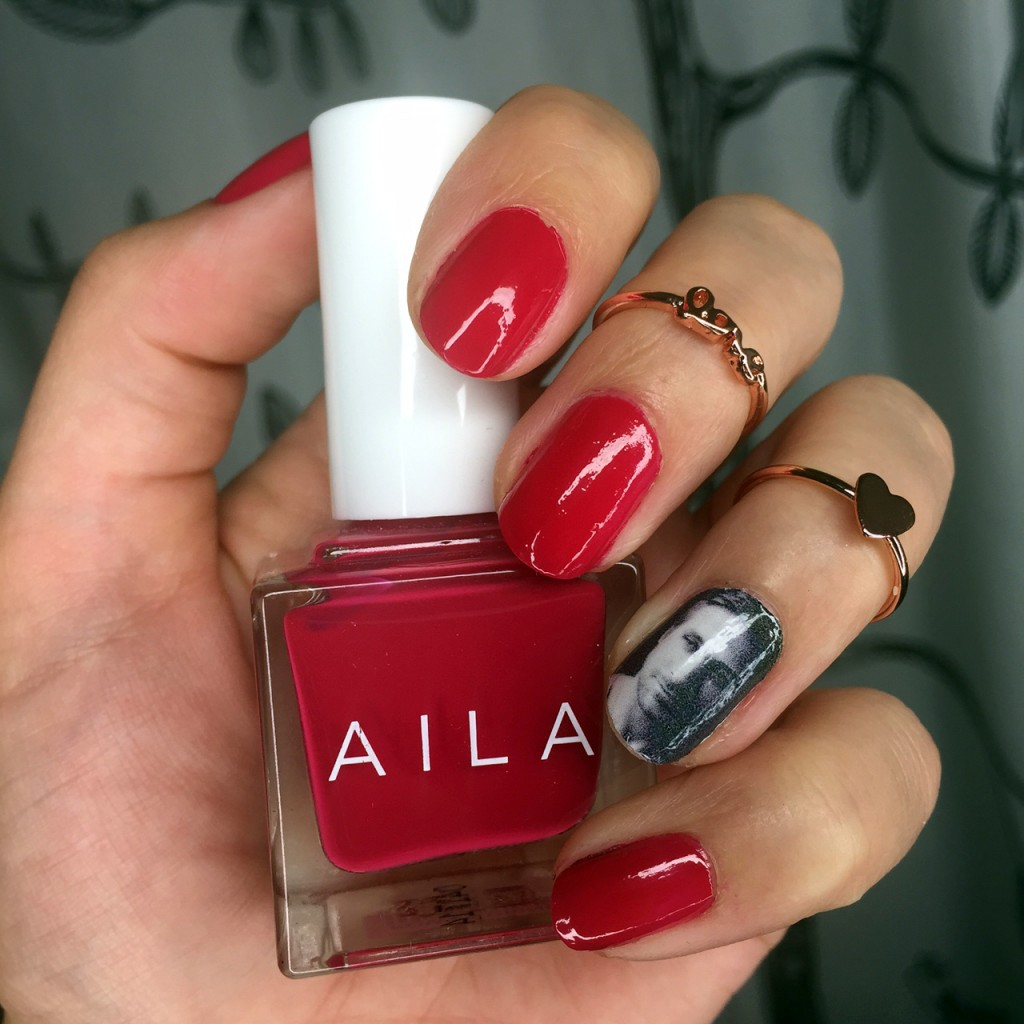 http://www.veganbeautyreview.com/wp-content/uploads/2014/12/aila-nail-polish-1024x1024.jpg