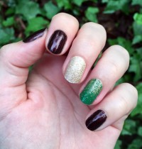 Manicure Monday: Holiday Nails