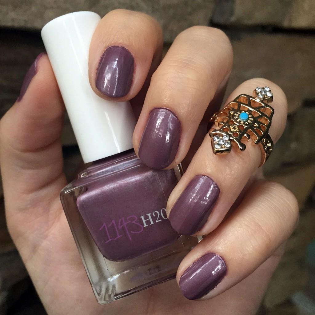 1143 H2O nail polish