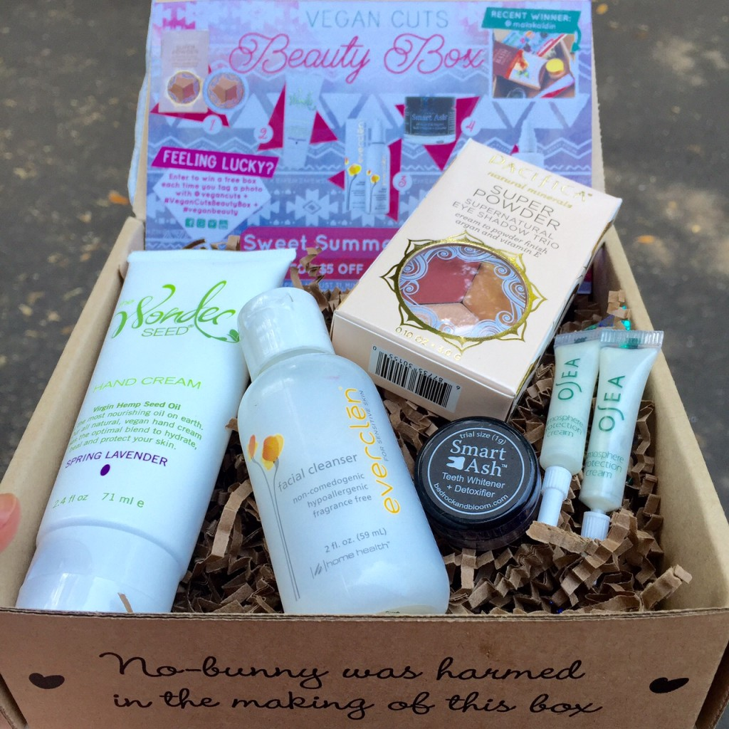 july 2015 vegan cuts beauty box review vegan beauty review vegan and cruelty free beauty. Black Bedroom Furniture Sets. Home Design Ideas