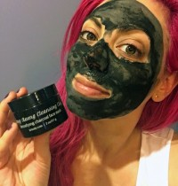 Kaeng Raeng Cleansing Clay Detoxifying Charcoal Face Mask Review
