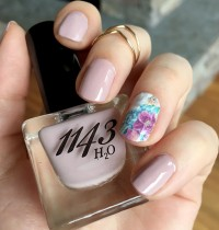Nails of the Day: 1143 H2O's 'Beauty Queen' (Non-Toxic & Vegan)