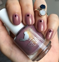 Nails of the Day: Wrenn's 'Passionfruit Pink' Polish