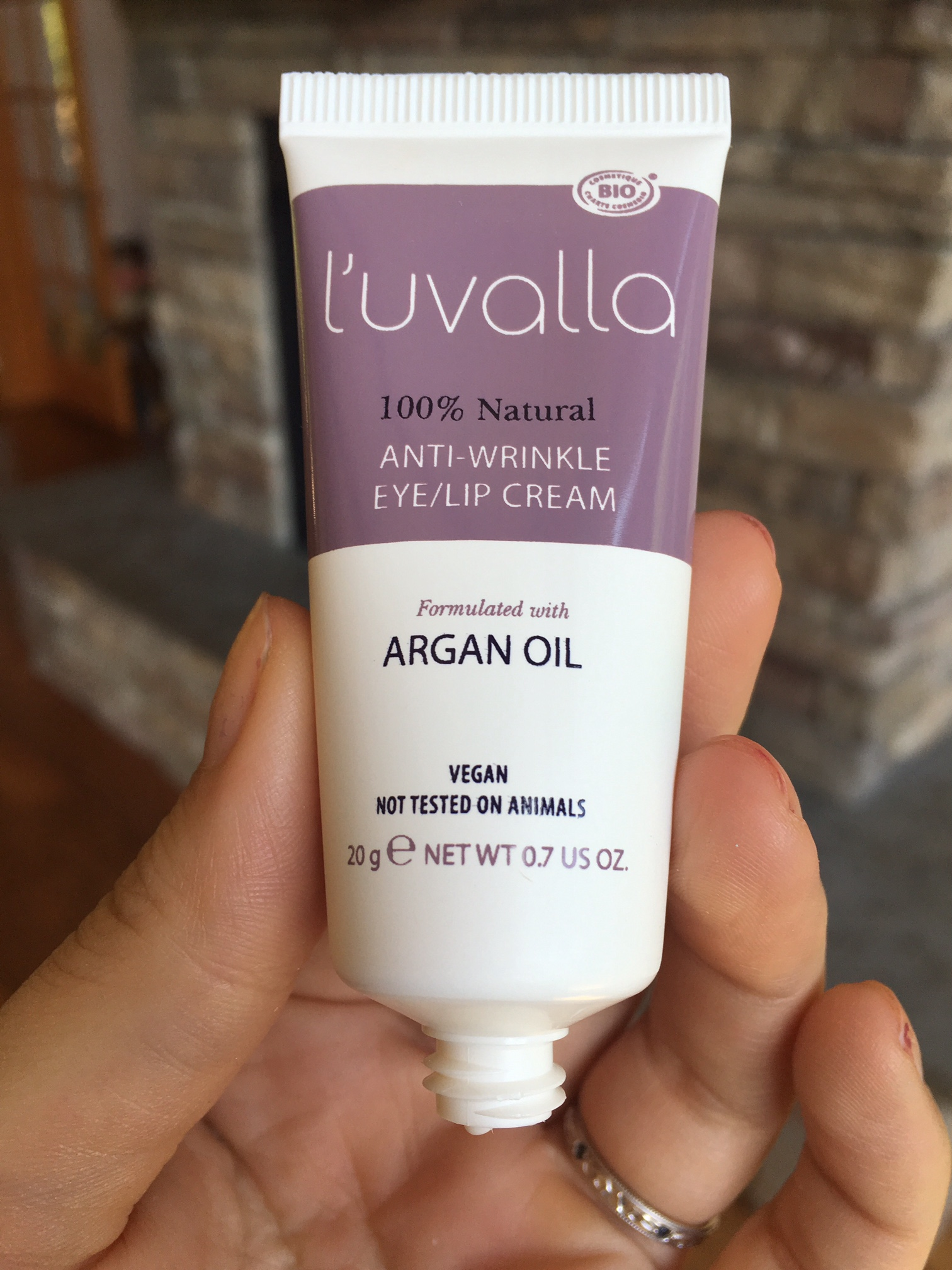 luvalla anti wrinkle cream