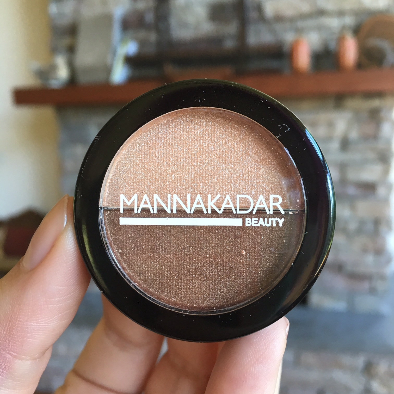 Manna Kadar bronzer and highlighter
