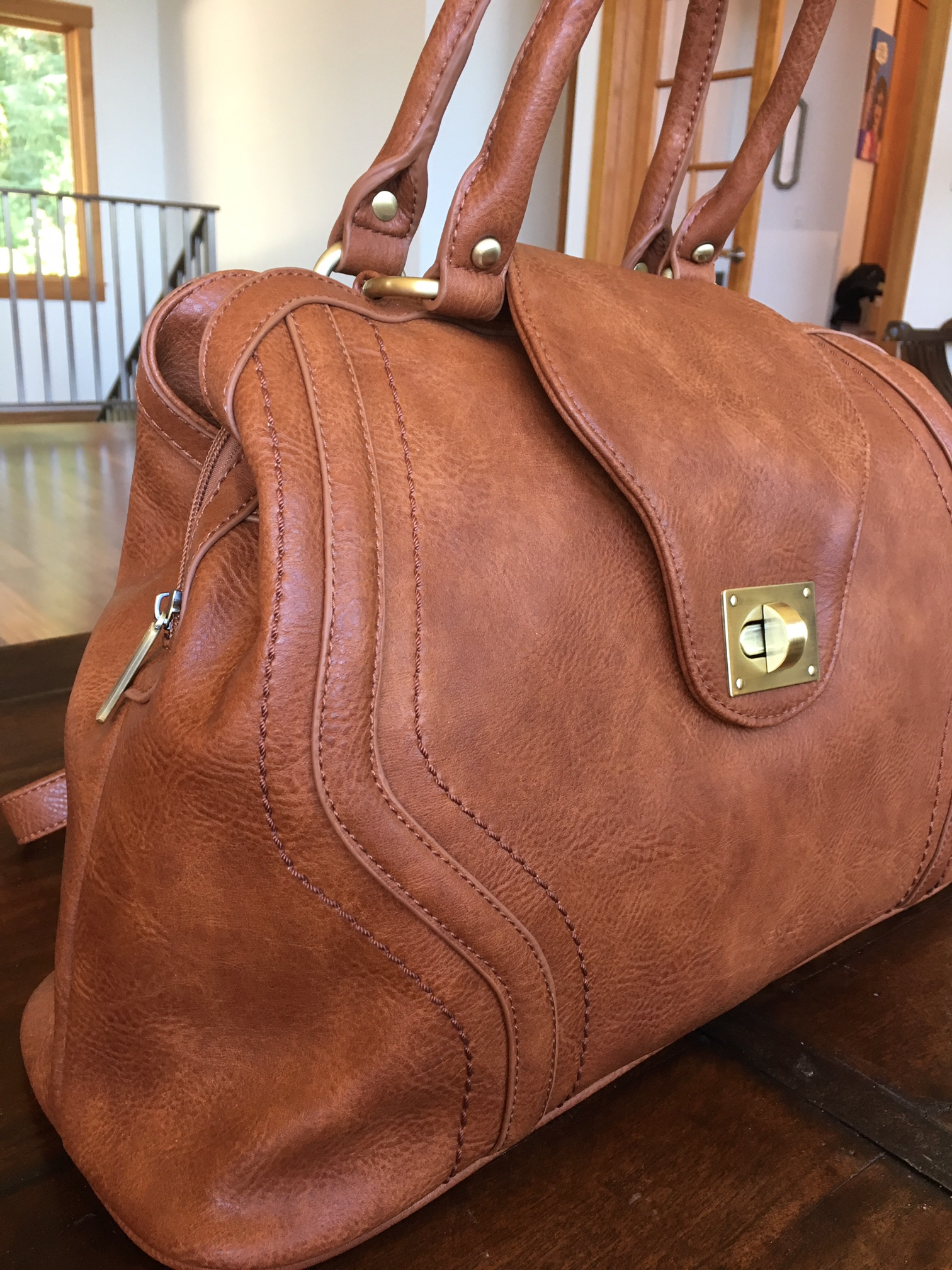 This Is Newlie S Gail Satchel 106 A Gorrrrrgeous Bag Designed By Leslie Newton Of The Well Known Diaper Company Timi