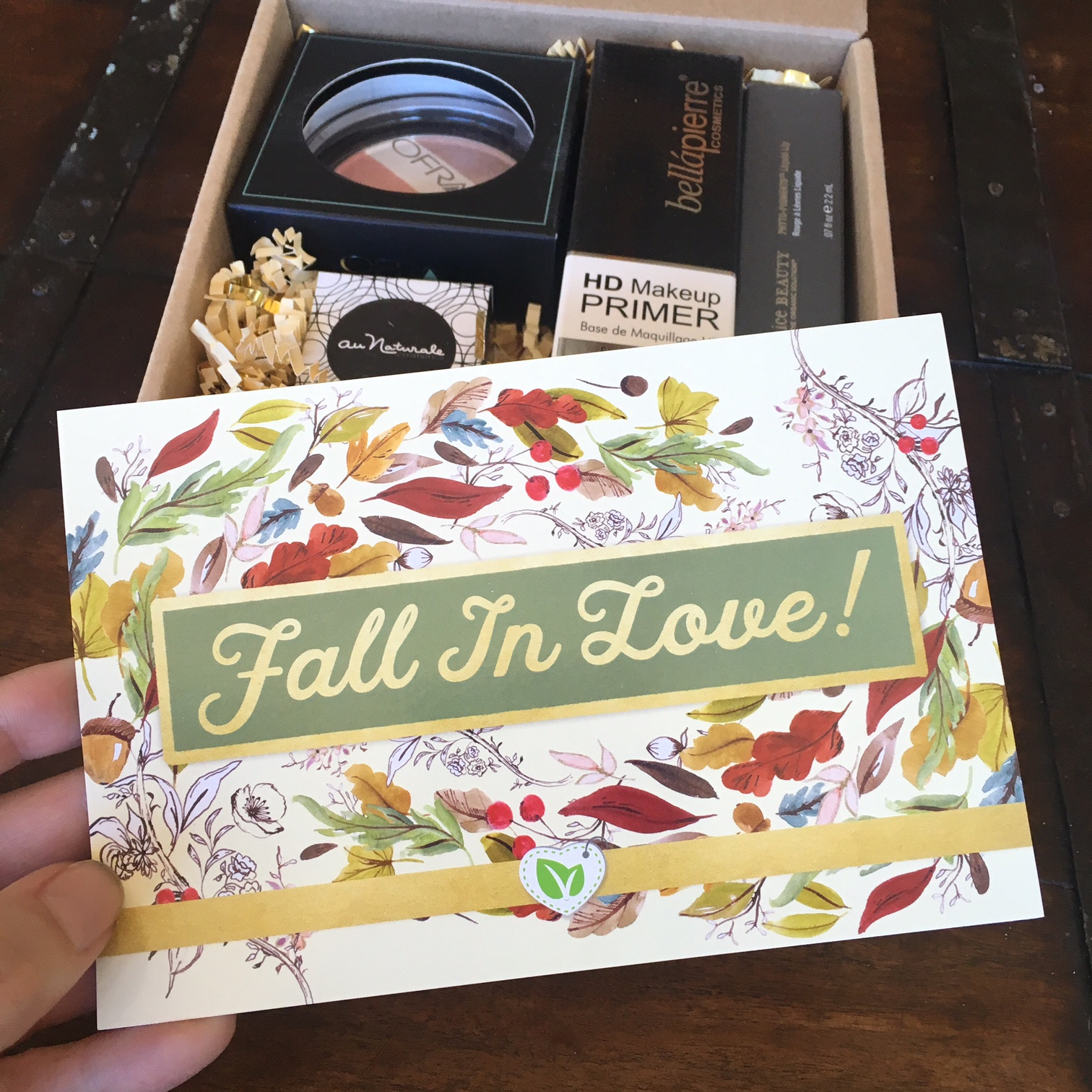 vegan-cuts-fall-makeup-box