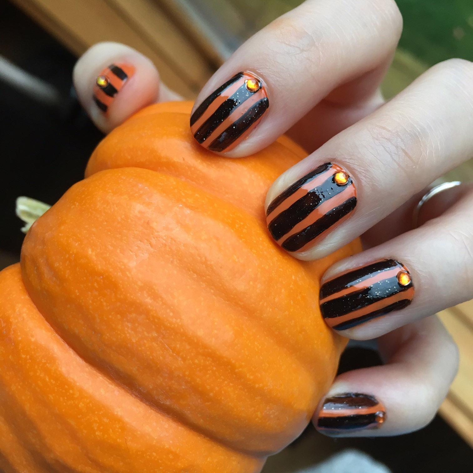 Cruelty-Free Halloween Nails Ft. Raga Varnish and Mineral Fusion ...