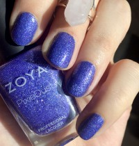 Nails of the Day: Alice by Zoya