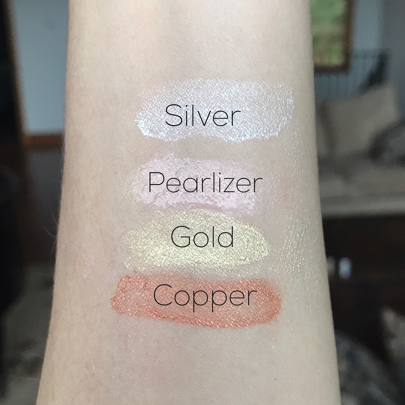 Luminess Air Metallics Airbrush Highlighters swatches