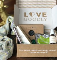 LOVE GOODLY April/May 2017 Subscription Box Review + Coupon