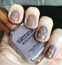 Nails of the Day: Sienna Byron Bay Dotticure