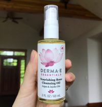Derma E Nourishing Rose Cleansing Oil Review (Spoiler – Me Likey!)