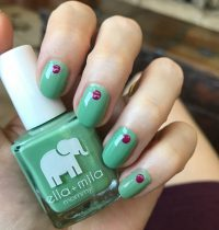 Nails of the Day: Ella + Mila 'I Mint It' & 'Heartbreaker'