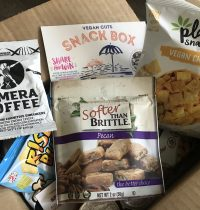 June 2018 Vegan Cuts Snack Box Review [VIDEO]