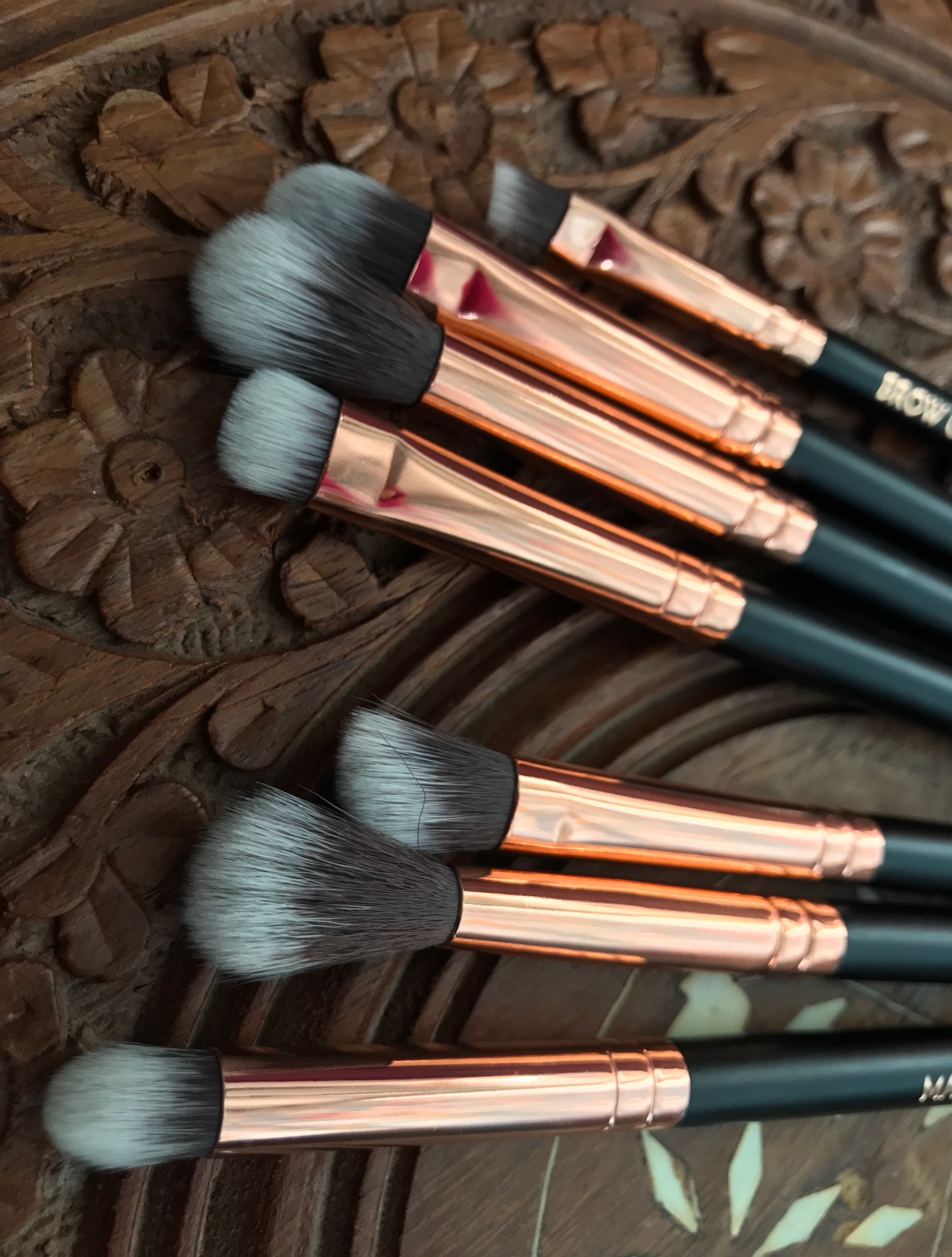 motd brushes