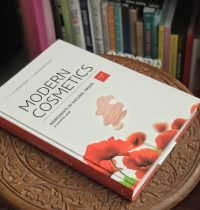Currently Reading – Modern Cosmetics: Ingredients of Natural Origin